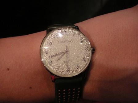 how-to-remove-condensation-from-watch